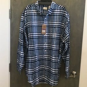 Great button down shirt. 2XL tall. Long sleeved.